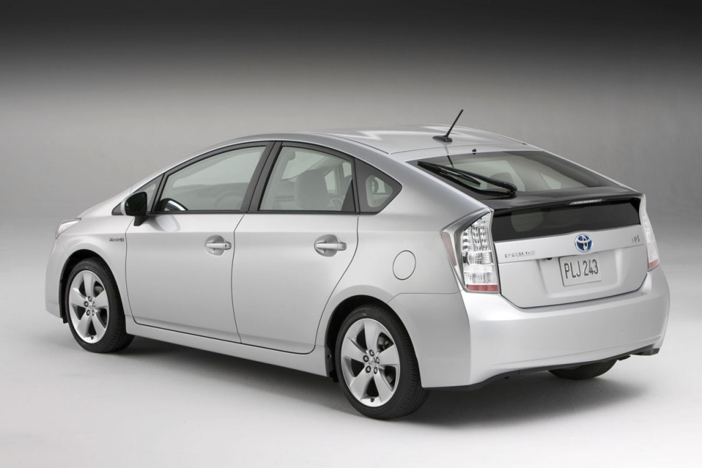 10 Tips For Maximising Your Hybrid's Fuel Economy