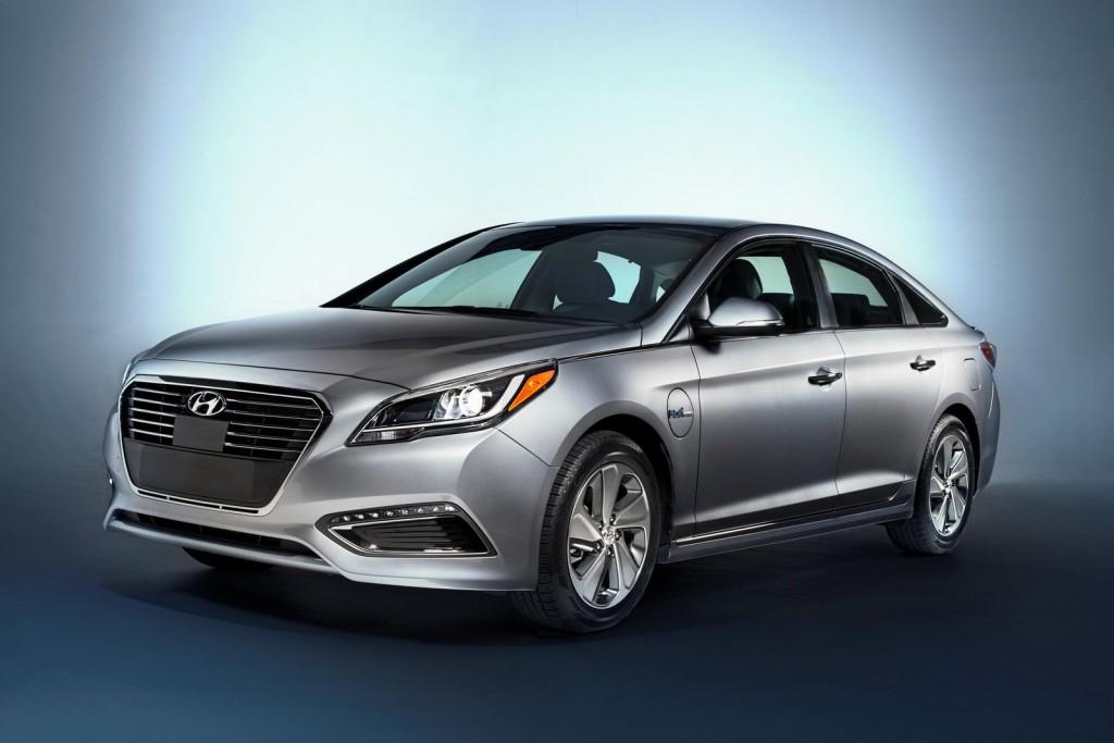 Hyundai Motor Unveils Sonata Plug-in Hybrid, Santa Cruz Concept At 2015 NAIAS