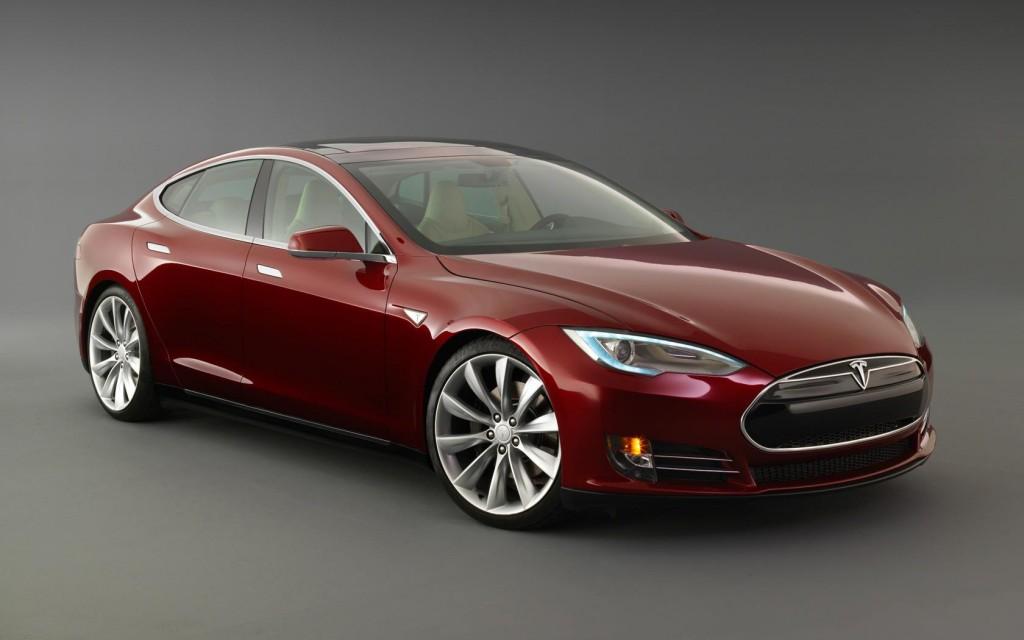 Tesla Delivers 9,834 Model S Sedans in Q4