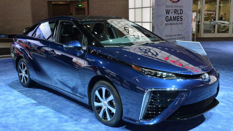 2016 Toyota Mirai launching