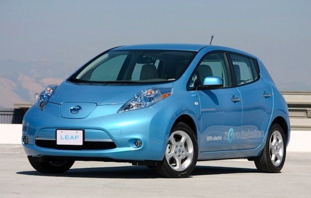 Nissan LEAF Earns IHS Automotive Loyalty Award For The Second Year in A Row