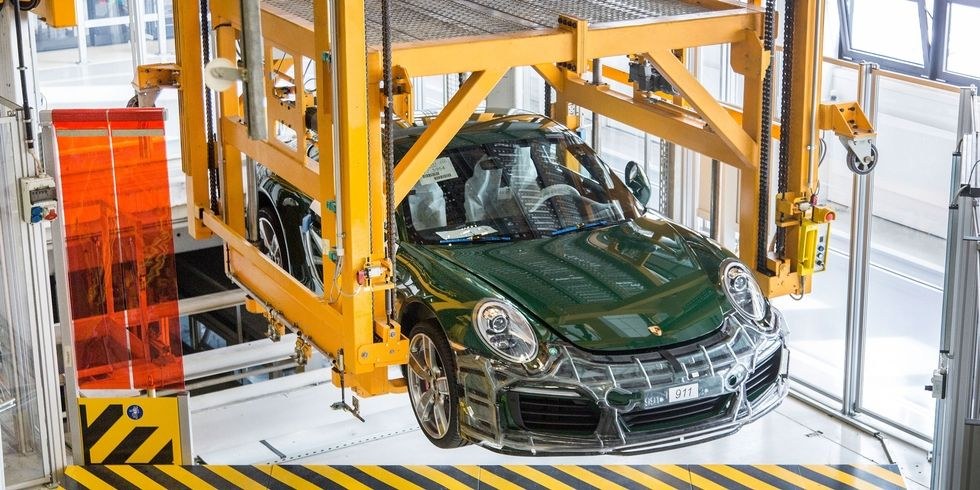 How Porsche Builds The 911