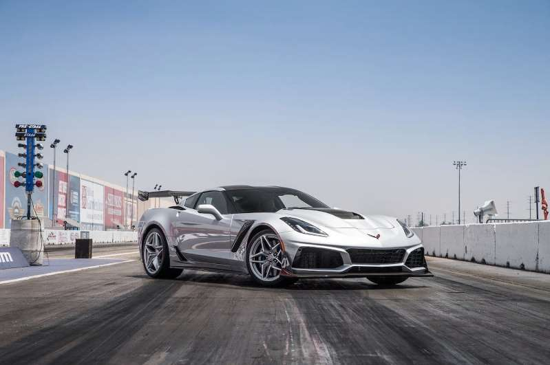 2019 Chevrolet Corvette ZR1 First Test: Out With A Bang