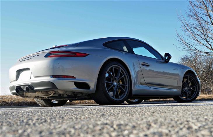 The Porsche 911 Carrera T