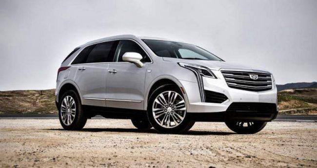 2019-Cadillac-XT6-side