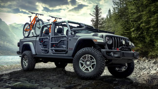 2020 Jeep Gladiator Has Lots Of Mopar Parts Ready For Launch