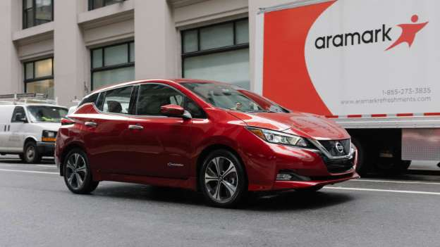 Nissan LEAF Earns Kelley Blue Book 5-Year Cost To Own Awards At Chicago Auto Show