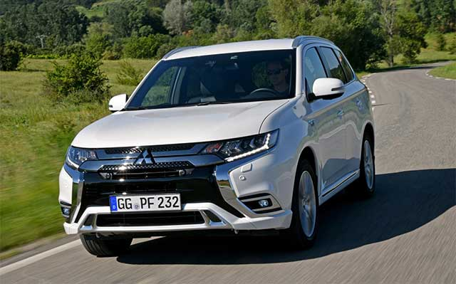 Mitsubishi Outlander PHEV Continues Success in Europe